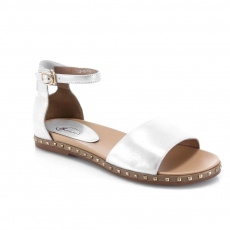 белые  женские сандалии