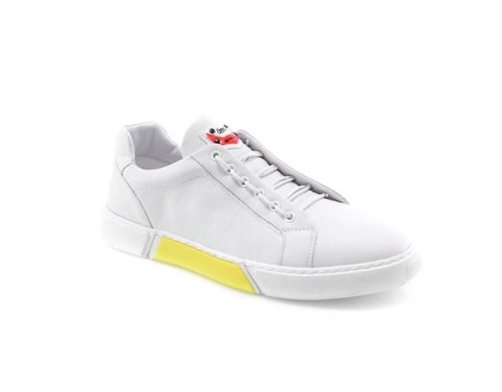 белые  мужские  классические ботинки