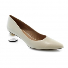 Цвет слоновой кости  женские туфли